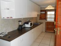 Kitchen - 10 square meters of property in Summer Greens