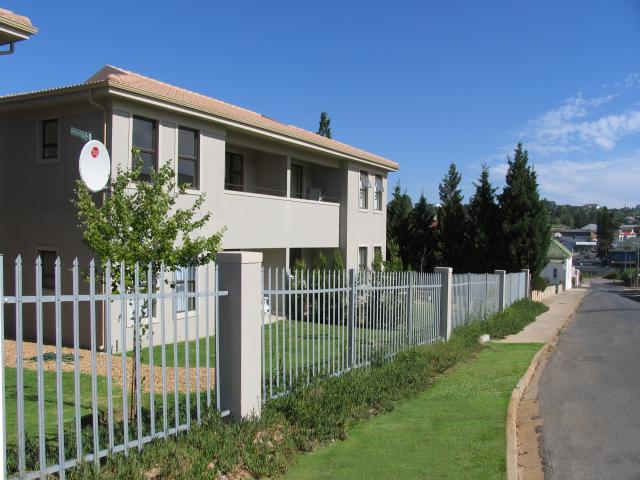 1 Bedroom Simplex for Sale For Sale in Malmesbury - Home Sell - MR090988