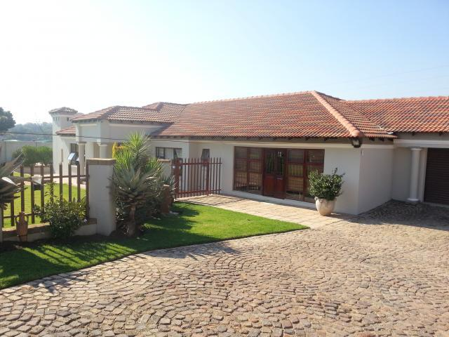 Smallholding for Sale For Sale in Benoni - Private Sale - MR091022