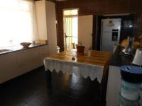 Kitchen - 25 square meters of property in Kenilworth - JHB
