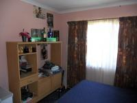 Bed Room 2 - 10 square meters of property in Margate