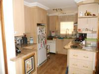 Kitchen - 14 square meters of property in Groot Brakrivier