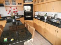 Kitchen - 39 square meters of property in Cape Town Centre