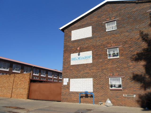 Standard Bank EasySell 2 Bedroom Apartment for Sale For Sale in Kempton Park - MR091088