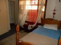 Bed Room 1 - 15 square meters of property in Hartbeespoort