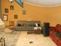 Lounges - 179 square meters of property in Hartbeespoort