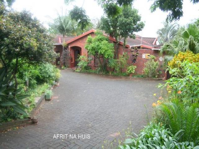 2 Bedroom House for Sale For Sale in Richard's Bay - Home Sell - MR091099