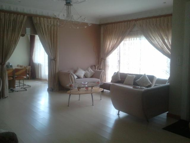 4 Bedroom House For Sale in Lenasia - Home Sell - MR091166