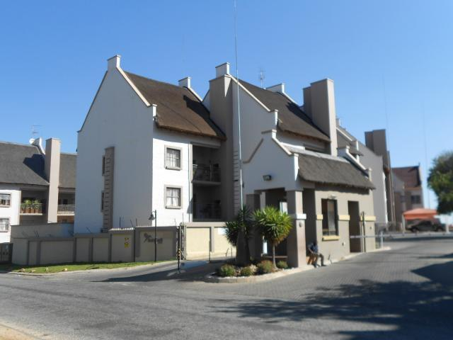 Standard Bank EasySell 2 Bedroom Apartment for Sale For Sale in Randburg - MR091194