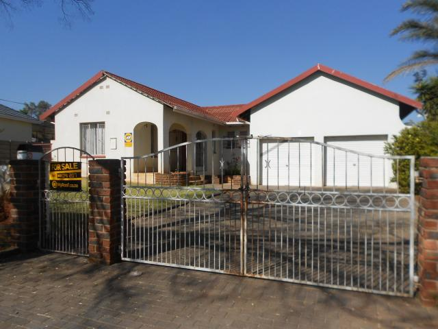 Standard Bank EasySell 3 Bedroom House for Sale For Sale in Klopperpark - MR091207