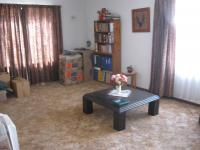 Lounges - 25 square meters of property in Klopperpark