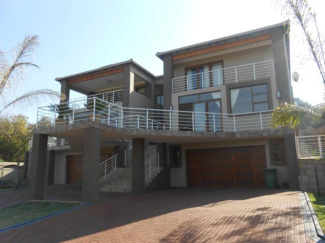 5 Bedroom House for Sale For Sale in Kameelfontein - Private Sale - MR091252