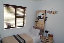 Bed Room 1 - 6 square meters of property in Bredasdorp
