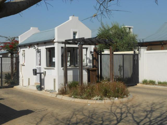 Standard Bank EasySell 2 Bedroom House for Sale For Sale in Equestria - MR091279
