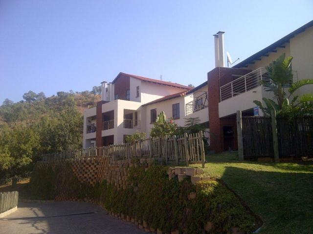 3 Bedroom Duplex For Sale in Rustenburg - Home Sell - MR091346