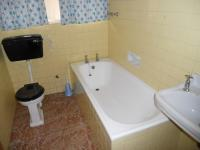 Main Bathroom - 5 square meters of property in Strand