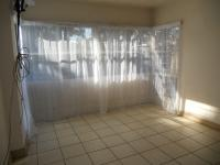 Lounges - 12 square meters of property in Alberton