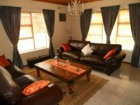 Lounges - 99 square meters of property in Zeekoei Vlei