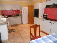 Kitchen - 22 square meters of property in Zeekoei Vlei