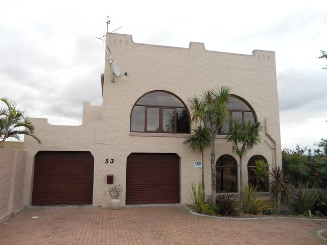 3 Bedroom House for Sale For Sale in Hartenbos - Private Sale - MR091563
