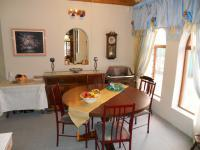 Dining Room - 14 square meters of property in Hartenbos