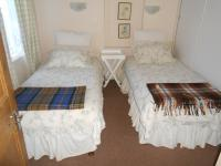 Bed Room 1 - 13 square meters of property in McGregor