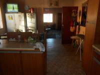Kitchen - 15 square meters of property in Parrow Valley