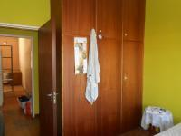 Bed Room 1 - 9 square meters of property in Parrow Valley