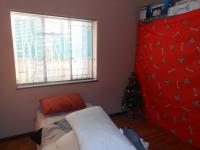 Main Bedroom - 30 square meters of property in Parrow Valley