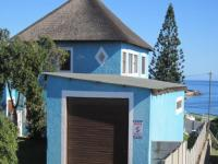 6 Bedroom 2 Bathroom in Gansbaai