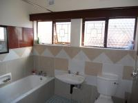 Bathroom 1 - 5 square meters of property in Mandini