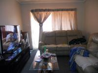 Lounges - 15 square meters of property in Birchleigh
