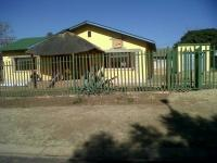 3 Bedroom 1 Bathroom in Rensburg