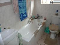 Bathroom 1 of property in Annlin