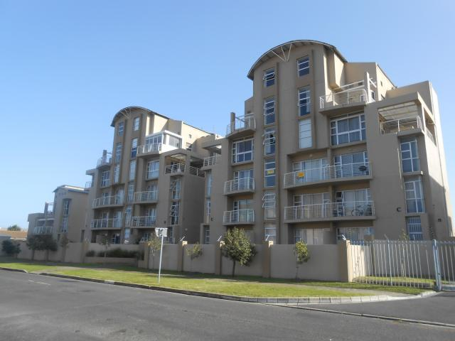 Standard Bank EasySell 3 Bedroom Apartment for Sale For Sale in Bloubergrant - MR092041