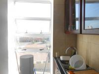 Kitchen - 10 square meters of property in Bloubergrant