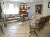 Lounges - 44 square meters of property in Bergbron