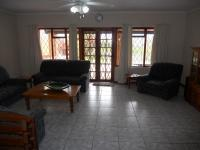 Lounges - 24 square meters of property in Umtentweni