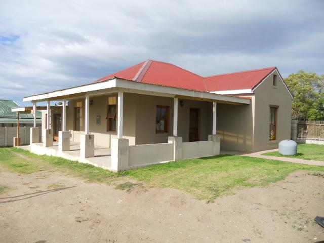 3 Bedroom House for Sale For Sale in Pacaltsdorp - Home Sell - MR092147