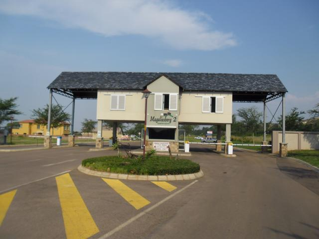 Standard Bank EasySell House for Sale For Sale in Amandasig - MR092180