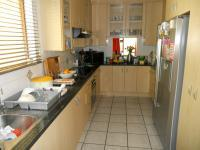 Kitchen - 16 square meters of property in Glen Barrie