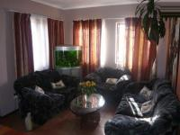Lounges - 6 square meters of property in Kuils River