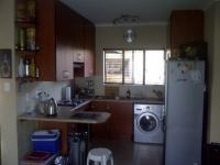 Kitchen of property in Greenhills