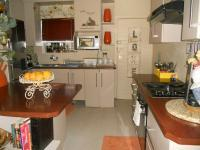 Kitchen - 12 square meters of property in Three Rivers