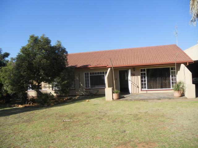 3 Bedroom House For Sale in Vanderbijlpark - Private Sale - MR092330