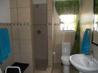 Bathroom 1 - 7 square meters of property in Heidelberg - GP
