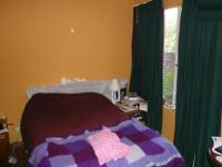 Bed Room 1 - 17 square meters of property in Weavind Park