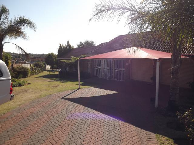 3 Bedroom House For Sale in Emalahleni (Witbank)  - Home Sell - MR092515