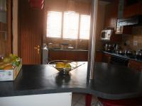 Kitchen - 8 square meters of property in Mondeor