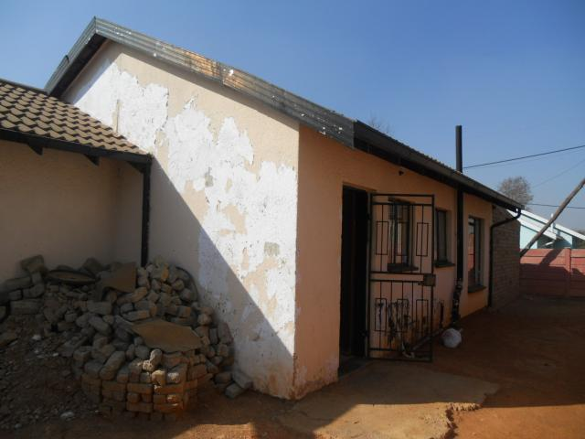 Absa Bank Trust Property 3 Bedroom House for Sale For Sale in Ennerdale - MR092561
